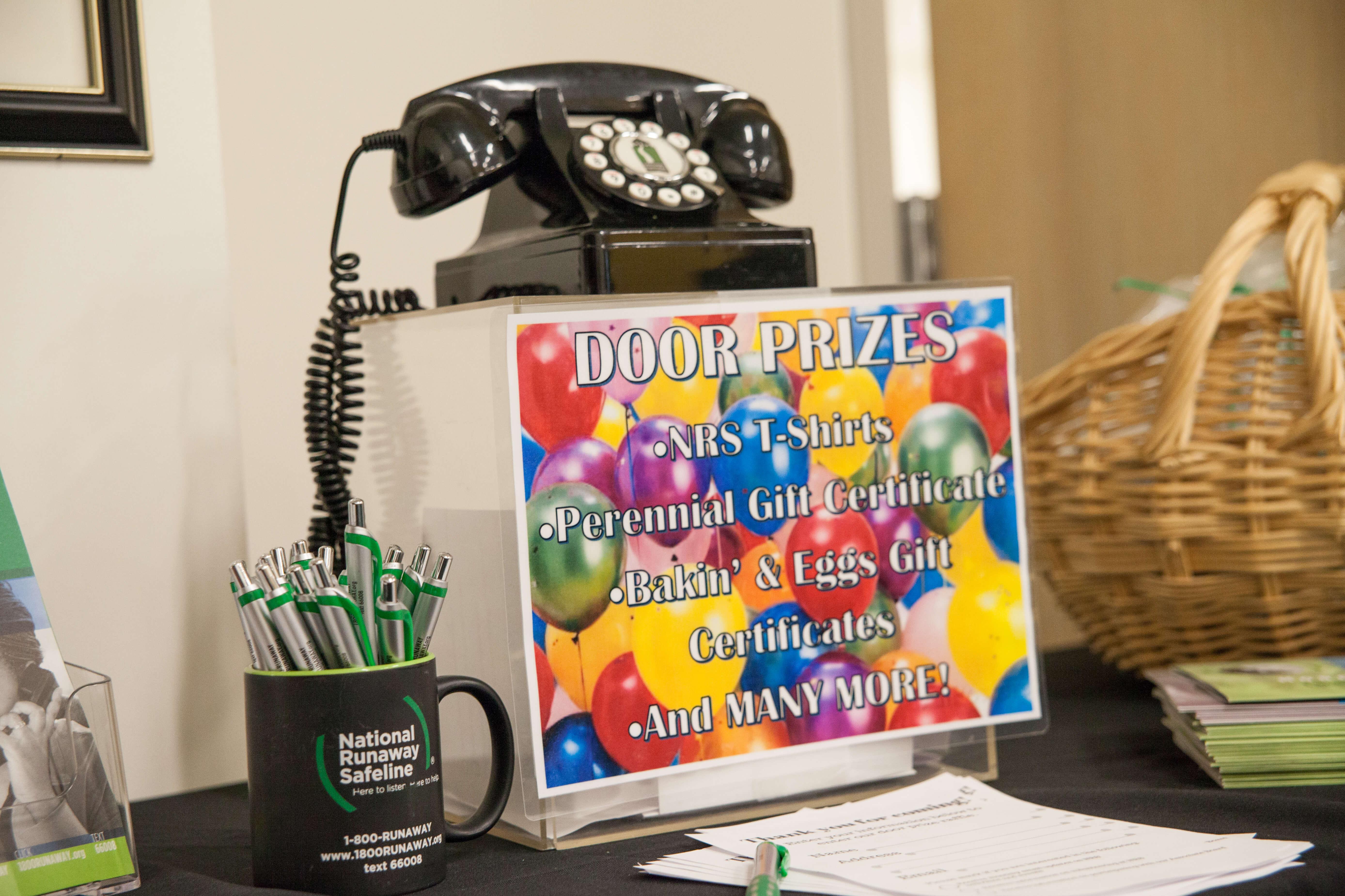 open house door. Youth Crisis Hotline NRS Open House Door Prize Game - National Runaway Safeline   C
